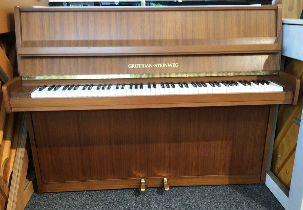 gebrauchtes Grotrian Klavier