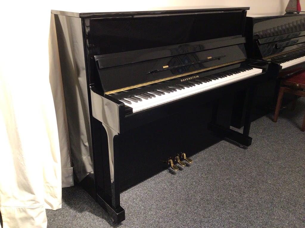 Ravenstein Klavier, schwarz