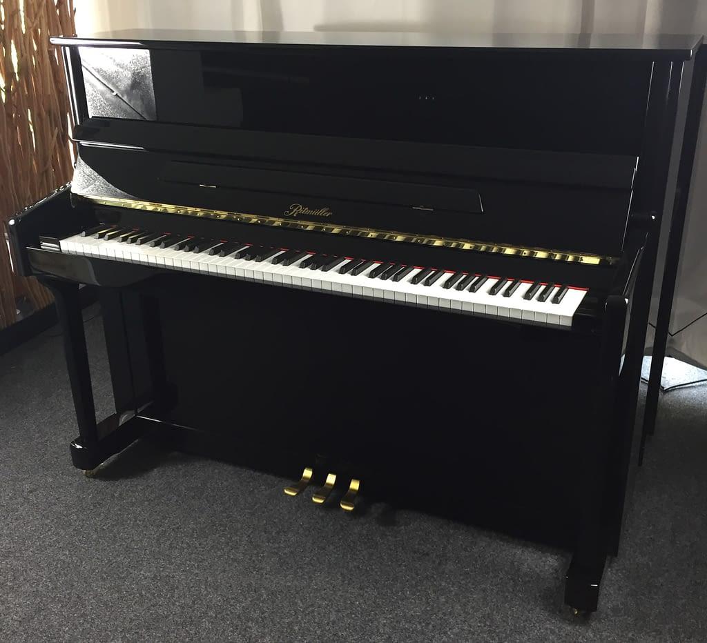 Ritmüller Klavier schwarz