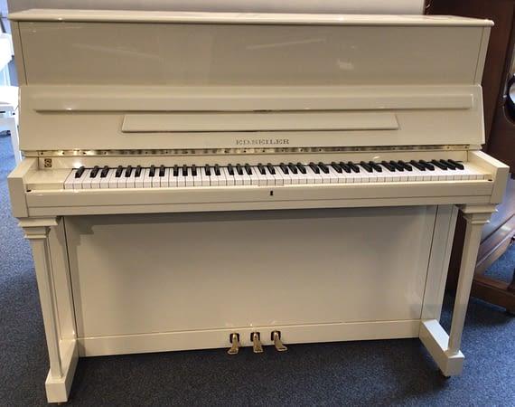 gebrauchtes Seiler Klavier, weiß