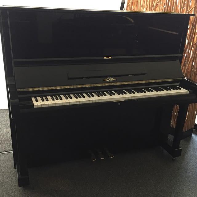 schwarzes günstiges klavier